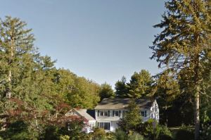 Clinton Home in Chappaqua, N.Y.